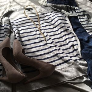FATE • GREY WITH NAVY BLUE STRIPES